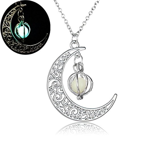 Clearance!Women Party Necklace,Todaies Women Moon shape Luminous Pumpkin Pendants Halloween Clavicle Chain Necklace (1PC, Yellow)]()