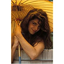 Kirstie Alley 8 Inch x10 Inch Photo Cheers Look Who's Talking Veronica's Closet Sexy Under Umbrella/Parasol kn