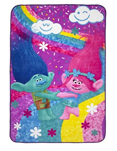 Trolls Poppy and Branch Blanket
