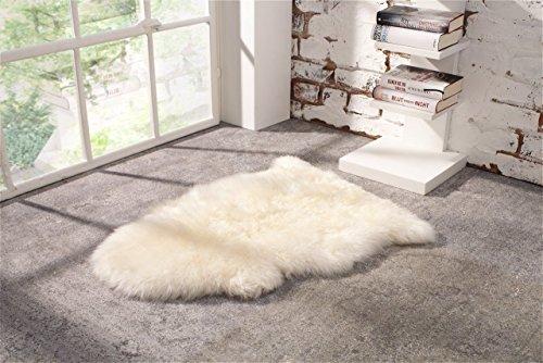 Super Kuscheliges Schaffell-Teppich Lammfell Kuschelfell Naturfell Vorleger 70-79cm Größe in Wollweiss Waschbar mit WOOLMARK SHEEPSKIN Zertifizierung