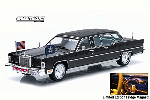 Ronald Reagan's Lincoln Continental Limousine - Greenlight 86110C - 1/43 Scale Diecast Model Toy Car - Packaged with Limited Edition Classic Car Refrigerator ()