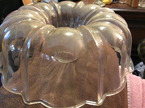 Vintage Microrave Clear Fluted Bundt Pan for Microwave Oven by Wear-ever