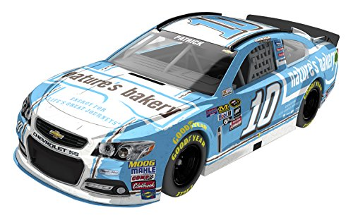 Lionel Racing Danica Patrick #10 Natures Bakery 2016 Chevrolet SS NASCAR Diecast Car (1:64 Scale) by Lionel Racing