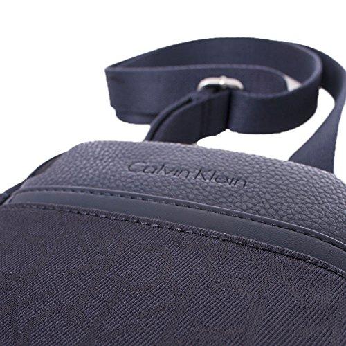 Calvin Klein K50K502138 000 NAVY