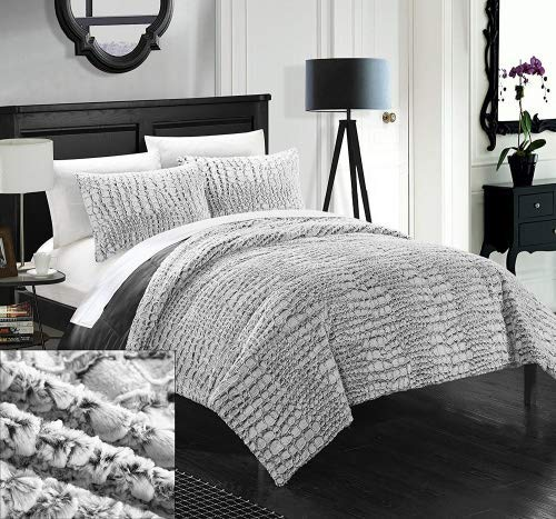 Set Alligator Bed - Chic Home 3 Piece New Faux Fur Collection with Mink Like Backing in Alligator Animal Skin Design Comforter Set, Queen, Grey