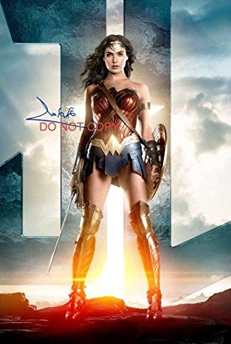 Justice League Gal Gadot Wonder Woman signed autographed 12x18 movie poster - Poster Autograph
