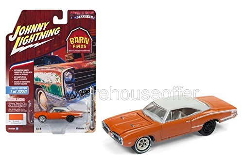 BRAND NEW DIECAST 1:64 MUSCLE CARS USA 2018 RELEASE 1 VERSION B - 1970 DODGE CORONET SUPER BEE (GO MANGO IRID.) JLCP7081-24 BY JOHNNY LIGHTNING