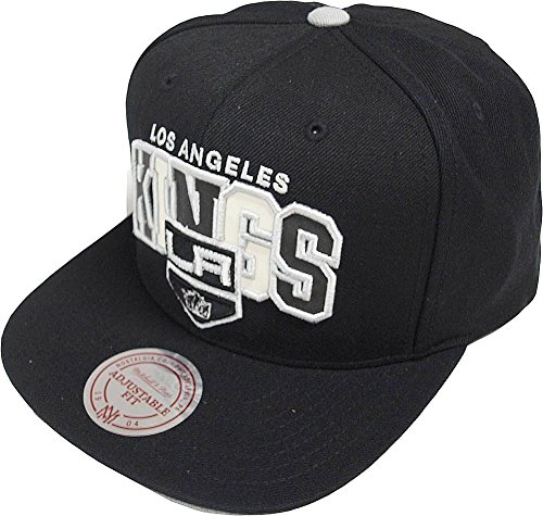 Mitchell & Ness NHL Los Angeles Kings Reflective Tri Pop Arch VQ86Z Snapback Cap Black