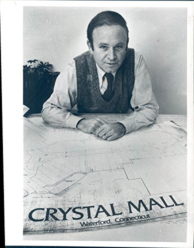 1984 Photo Steve Karp New England Shopping Waterford CT Crystal Mall - Mall The Waterford