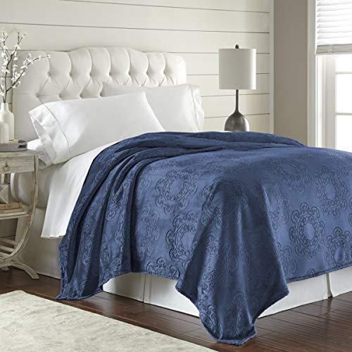 (Fraiche Maison Italian Tile Hot Pressed Velvet Plush Blanket, King, Patriot Blue)