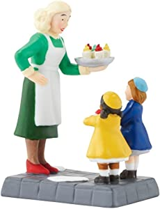 Department 56 Christmas in the City Village Christmas Cupcakes Figurine 4050916