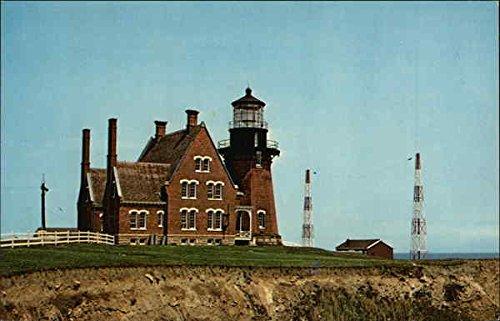 Southeast Lighthouse Block Island, Rhode Island Original Vintage Postcard ()