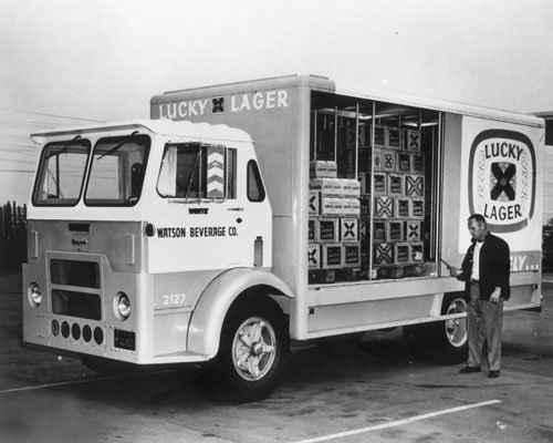 photo-print-lucky-lager-beer-truck-12-x-15