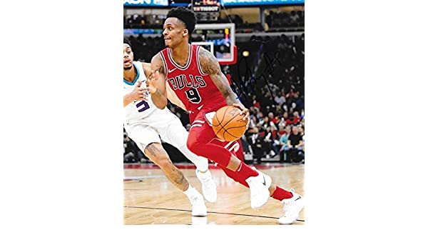 Antonio Blakeney Signed Photo - 8x10 4 - Autographed NBA Photos at Amazon s  Sports Collectibles Store 90fc5181b