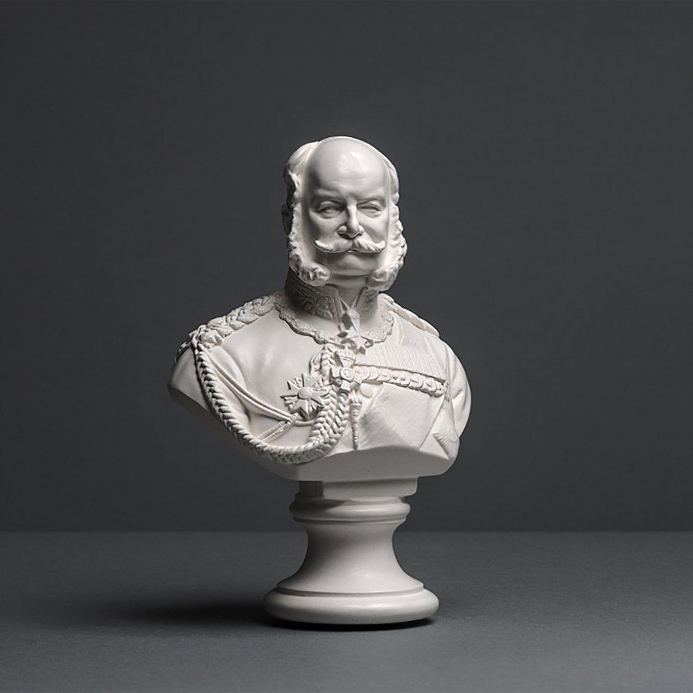 Kaiser Wilhelm I Skulptur aus hochwertigemäßellan, echte Handarbeit Maße in Germany, Büste in Weiß, 17cm