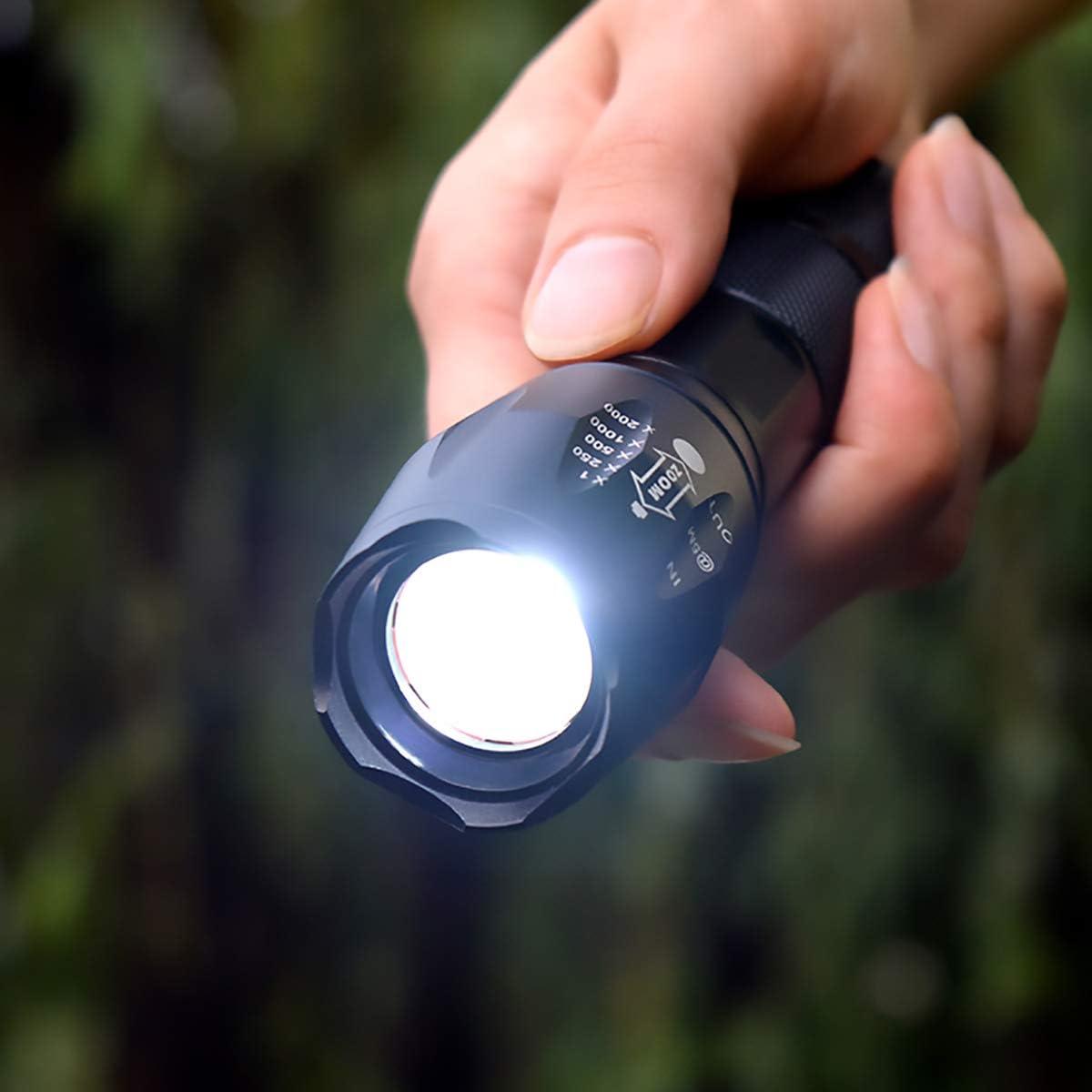 Lampe de Poche LED Torche Militaire Poche LED Ultra Puissante tactique Zoomable Etanche 800LM pour Camping Randonn/ée