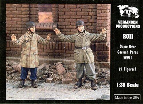 Verlinden Productions 1:35 Game Over WWII German Paras - Two Figures Kit #2011 (35 Verlinden 2 Figure)