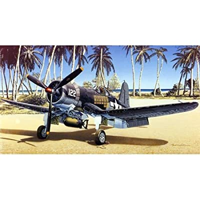 Tamiya Models Vought F4U-1A Corsair Model Kit: Toys & Games