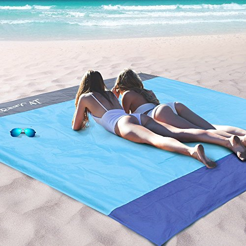 STCT Street Cat 10 X 9 Extra Large Beach Blanket, Soft Lightweight Pocket Blanket, Waterproof Outdoor Picnic Mat for Beach, Camping, Hiking, Music Festival, Machine Washable
