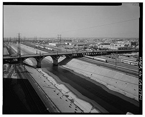 Venetian Masks Los Angeles (Photo: Ninth Street Viaduct,Olympic Boulevard,Los Angeles,California,CA,HABS,12)