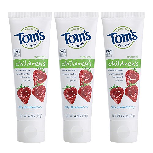 (Tom's of Maine Anticavity Fluoride Children's Toothpaste, Kids Toothpaste, Toms Toothpaste, Silly Strawberry, 4.2 Ounce, 3-Pack )