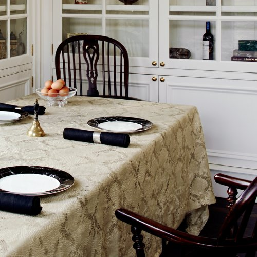 "Huddleson Python Print Pure Linen Tablecloth, 80""x122"" Oval"
