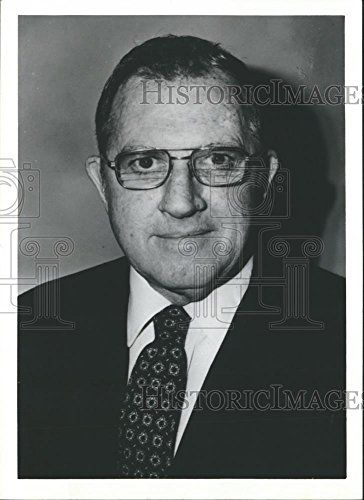 Vintage Photos 1982 Press Photo Robison Harper, President of Peterman State Bank in Alabama