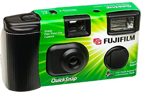 Amazon.com : Fuji 35mm QuickSnap Single Use Camera, 400 ASA ...