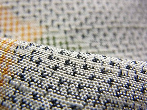 リサイクル 着物  紬 木の葉の模様 正絹 袷 裄65.5cm 身丈161cm