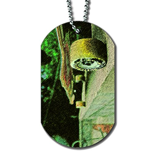skateboard-longboard-dog-tag-necklace
