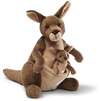 Amazon Com Melissa Doug Giant Kangaroo And Baby Joey In Pouch