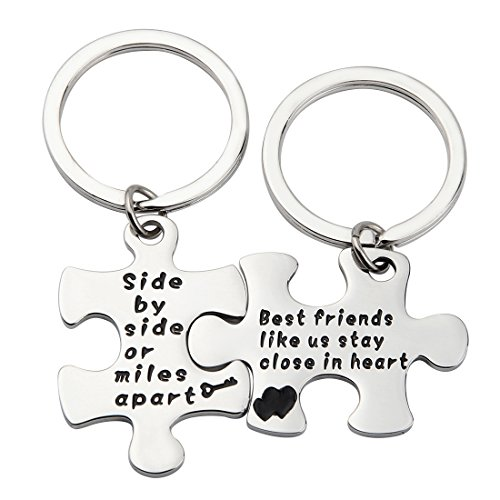 MAOFAED Couples Puzzle Keychain Side By Side Or Miles Apart Puzzle Jewelry Hand Stamped Necklace Keychain Best Friend Jewelry (side by side Key (Maid Of Honor Charm)