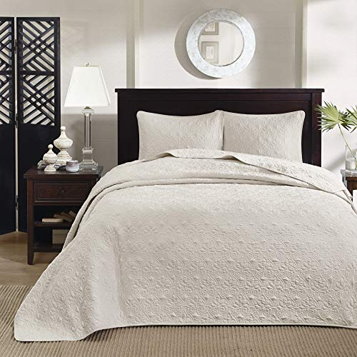 Madison Park Quebec King Size Quilt Bedding Set Ivory Damask 3 Piece Bedding Quilt Coverlets Ultra Soft Microfiber Bed Quilts Quilted Coverlet