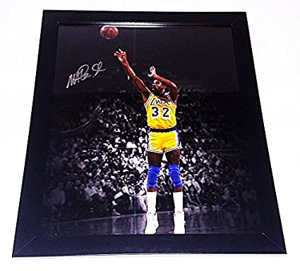 91ec07915 AUTOGRAPHED Magic Johnson  32 Los Angeles Lakers Basketball NBA CHAMPION  Rare Vintage Signed Picture 16X20