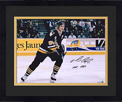 Framed Mario Lemieux Pittsburgh Penguins Autographed 16