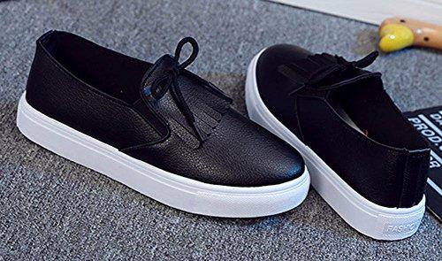 Aisun Women's Casual Cute Fringed Round Toe Low Tops Slip On Sneakers Platform Loafers Flats Skateboard Shoes Black JSPUik