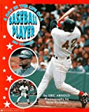 A Day in the Life of a Baseball Player, Eric H. Arnold, 0590543504