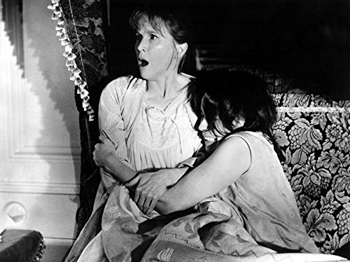 The Haunting Julie Harris Claire Bloom 1963 Photo Print (28 x 22) ()