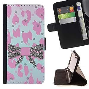 Momo Phone Case / Flip Funda de Cuero Case Cover - Patrón de piel rosado del leopardo de Bowtie - Motorola Moto E ( 1st Generation )