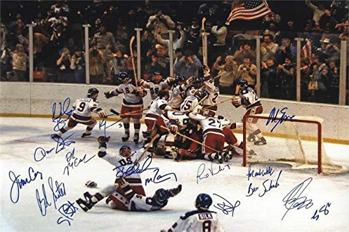 (1980 US Olympic Hockey Team Autograph Replica Super Print - Miracles Do Happen - Unframed)
