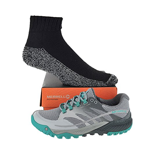 Merrell Women's All Out Charge with FREE Made in USA socks Bundle Light Grey/Green size 6.5M (US)