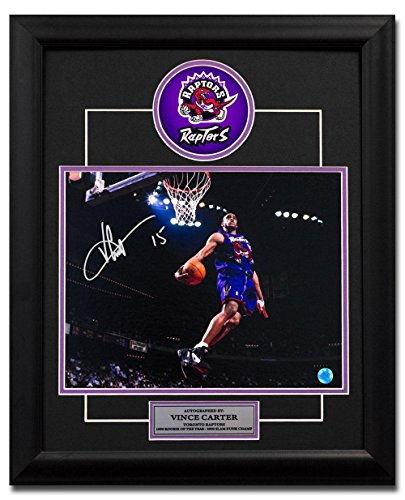 Signed Vince Carter Jersey - Dino Windmill Dunk 23x19 Frame - Autographed NBA Photos