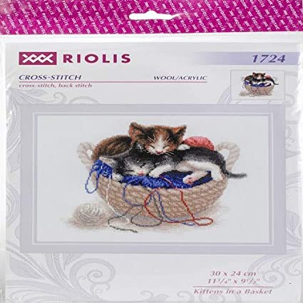 RIOLIS 1197  I LOVE YOU  COUNTED  CROSS STITCH  KIT