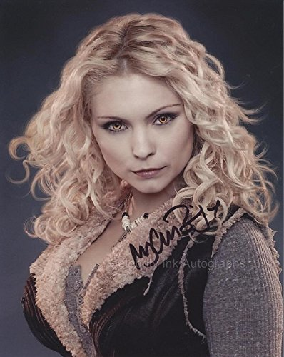 MYANNA BURING as Tanya Denali - Twilight GENUINE AUTOGRAPH