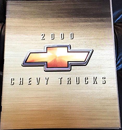 VERY COLLECTIBLE ORIGINAL 2000 CHEVROLET CHEVY PICKUP SUV & VAN FULL LINE DEALER SALES BROCHURE - Suburban, Tahoe, Blazer, C/K Pickups, S-10, Tracker, Silverado, Express, Astro - 31 Pages