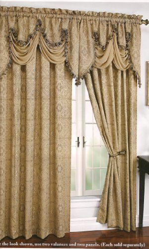 Portofino Woven Clipped Jacquard Panel By Regal Home Collections For GoodGram® (Gold)
