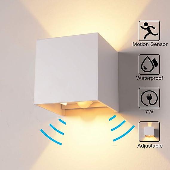 Wandleuchte Bewegungsmelder Aussen/Innen LED Wandbeleuchtung, 7W Warmes Licht Wasserdicht Verstellbare Walllampe, Wandleuchte