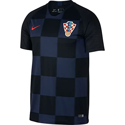 af66898c7a8 Amazon.com   NIKE 2018-2019 Croatia Away Football Shirt (Kids ...