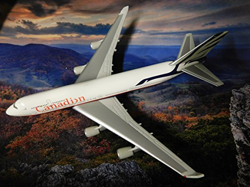 Canadian Airlines Boeing 747-400 1990's Goose Colors (named Maxwell W. Ward) Edition Jet made by Herpa 1:500 scale die-cast ()