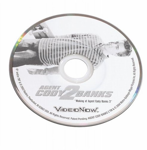 VideoNow Value Pack - Red VideoNow Player with Bonus Cody Banks Discs and Light
